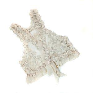 Umgee Ivory Lace & Ruffle Vest size S/M